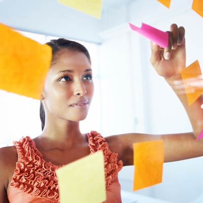 organize-tasks-work-postit