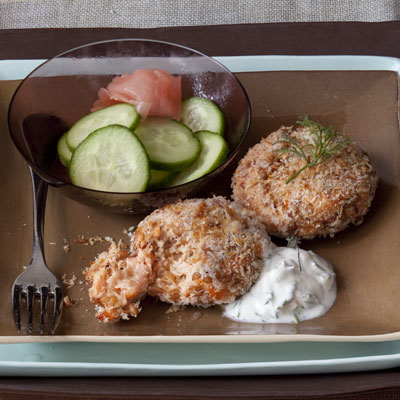 Night 2: Salmon Cakes With Dill Sauce