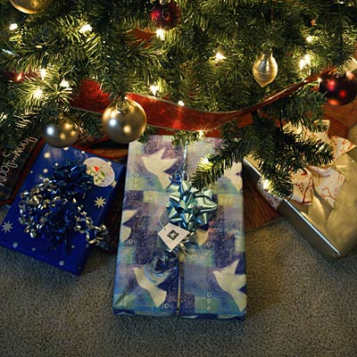 christmas-tree-presents