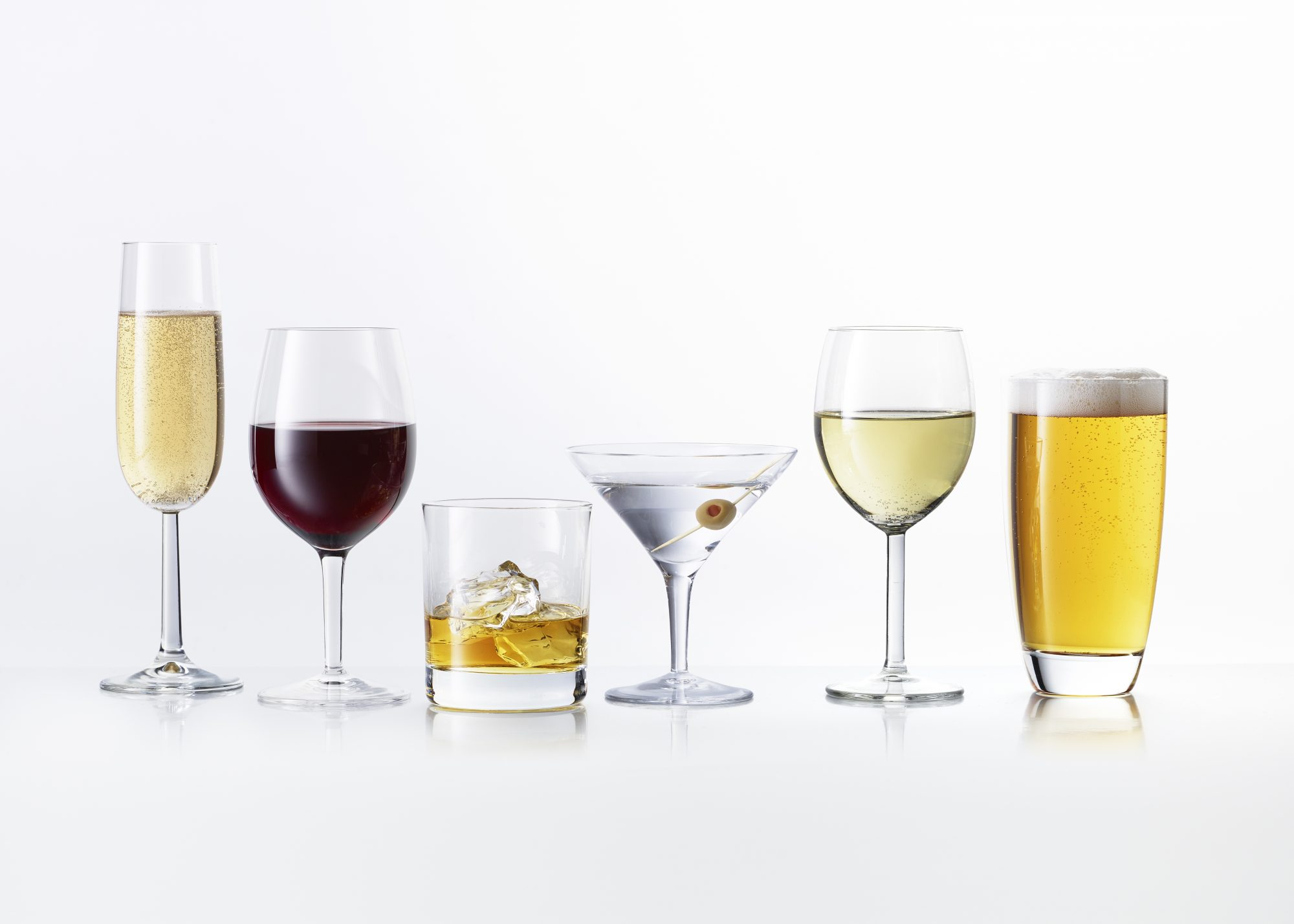 8 Alcoholic Drinks Ranked From Most Calories to Least