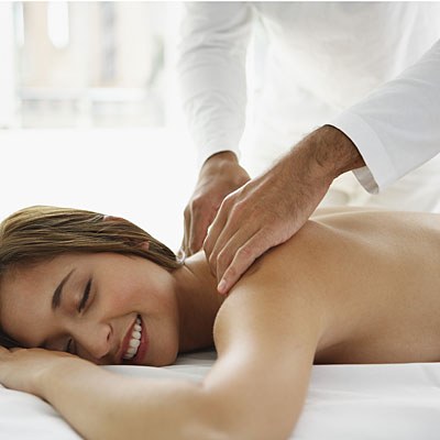 woman-back-massage
