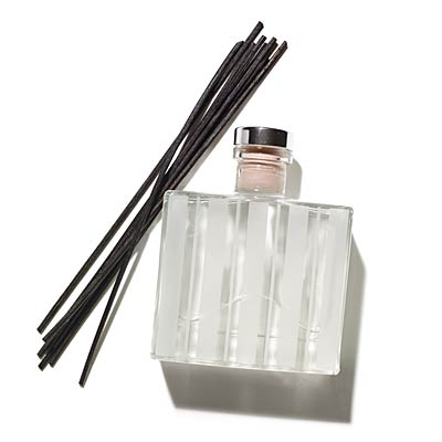 nest-passion-reed-diffuser