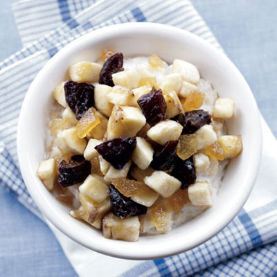 Oatmeal with Prune and Banana Compote
