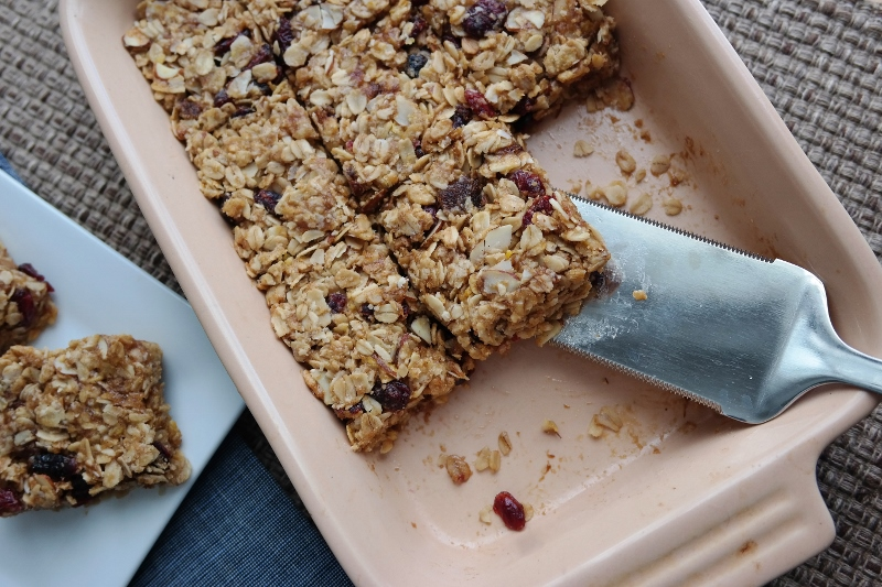 The Oatmeal Cranberry Almond Bars That Work for Breakfast, a Snack, or Dessert