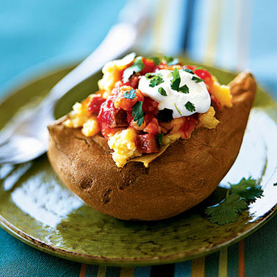 sweet-potato-stuffed-with-shrimp-salsa