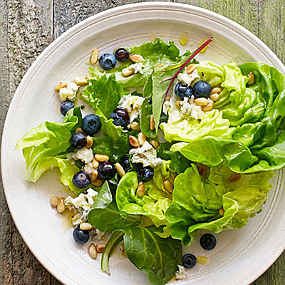 blueberry gorgonzola salad
