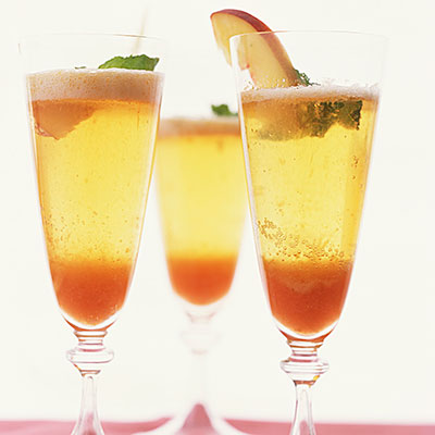 bellini summer cocktail