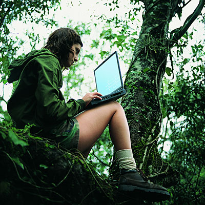 hiking-with-laptop