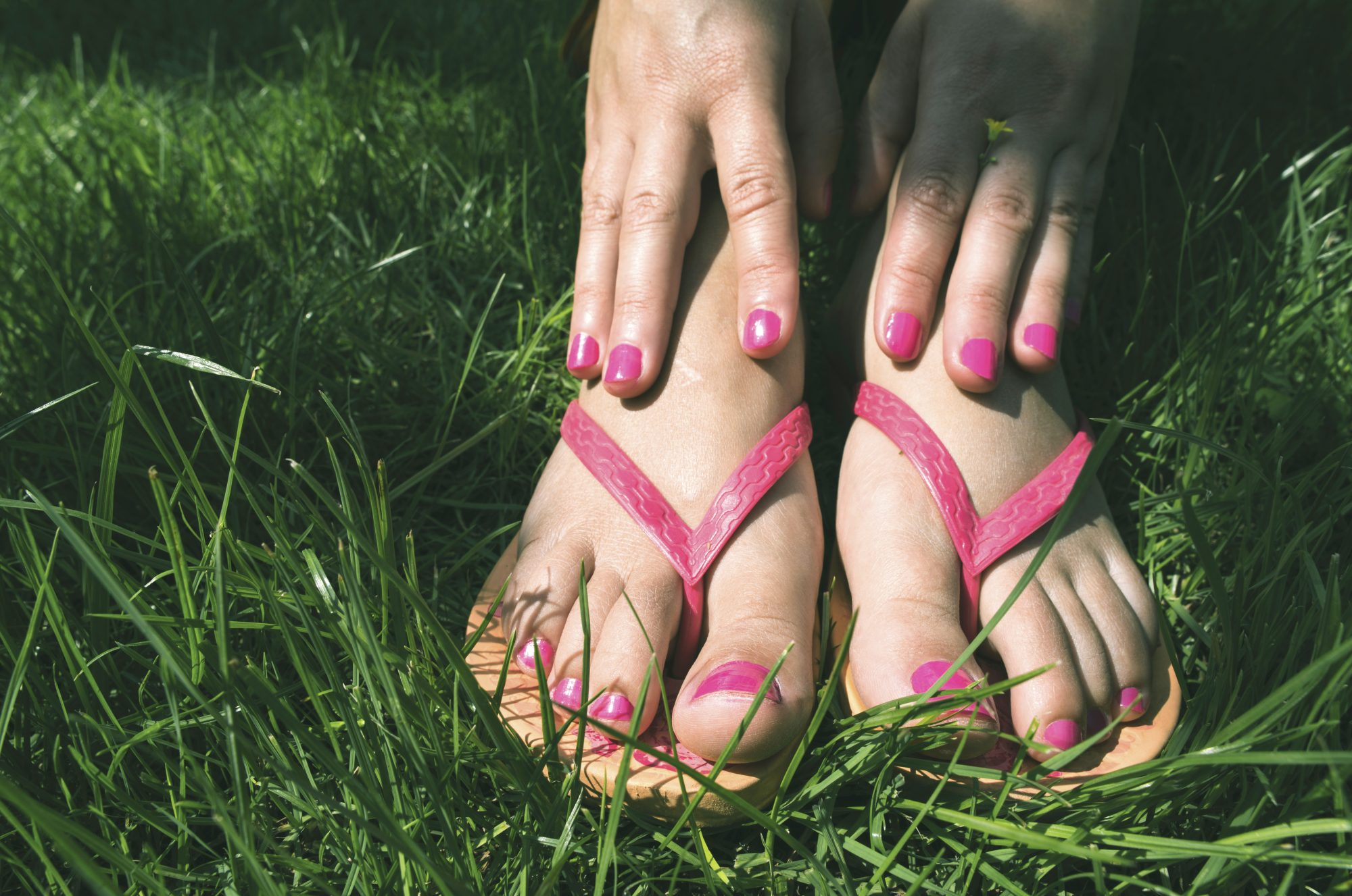 7 Ways to Treat and Prevent Blisters During Sandal Season