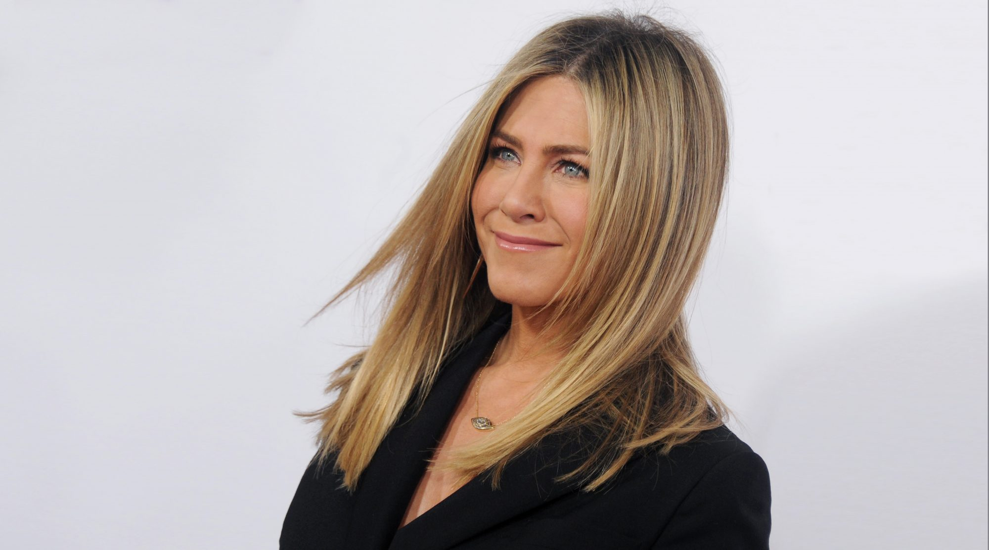 jennifer-aniston-red-carpet