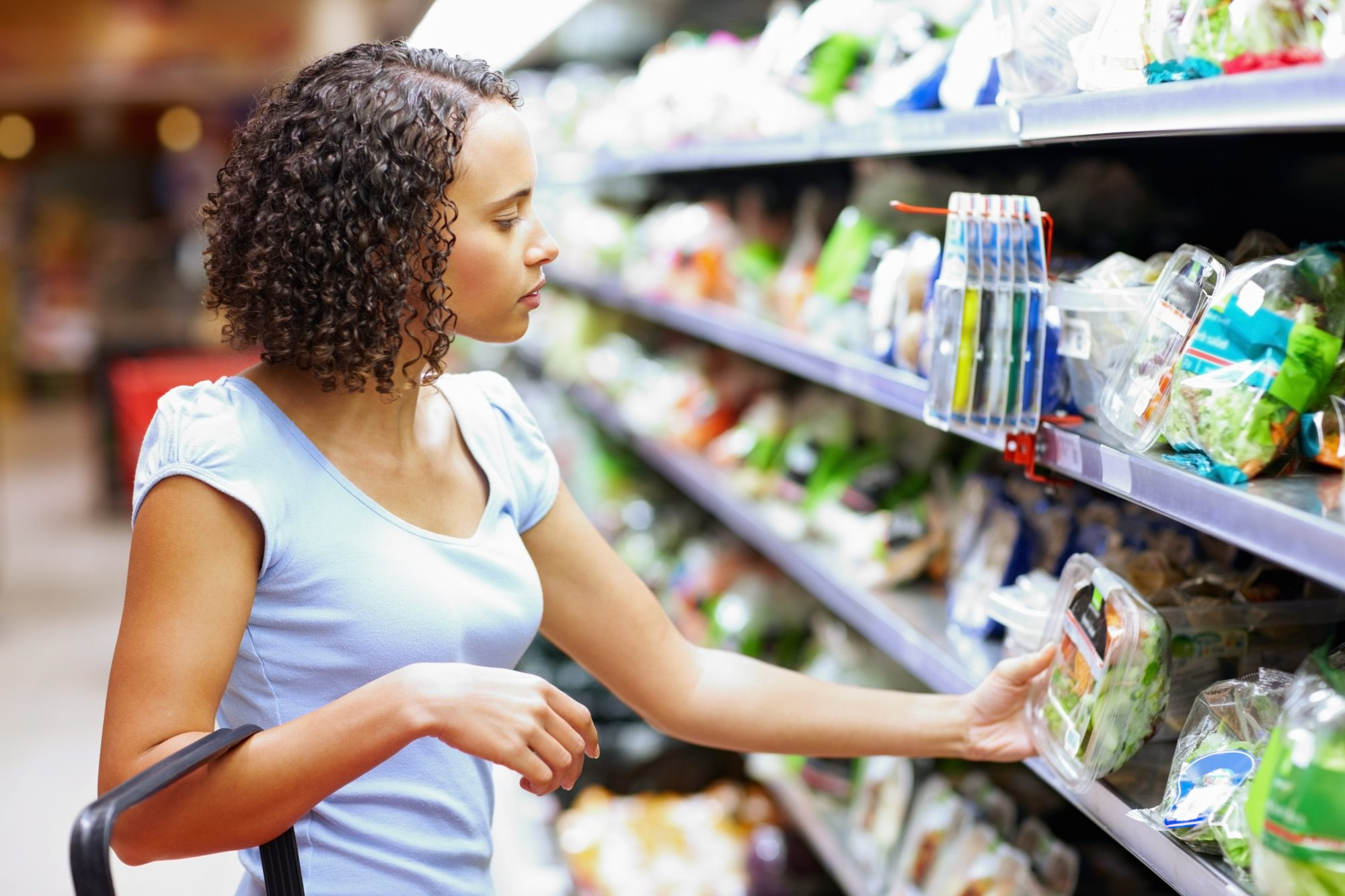 nutrition-label-food-grocery-store