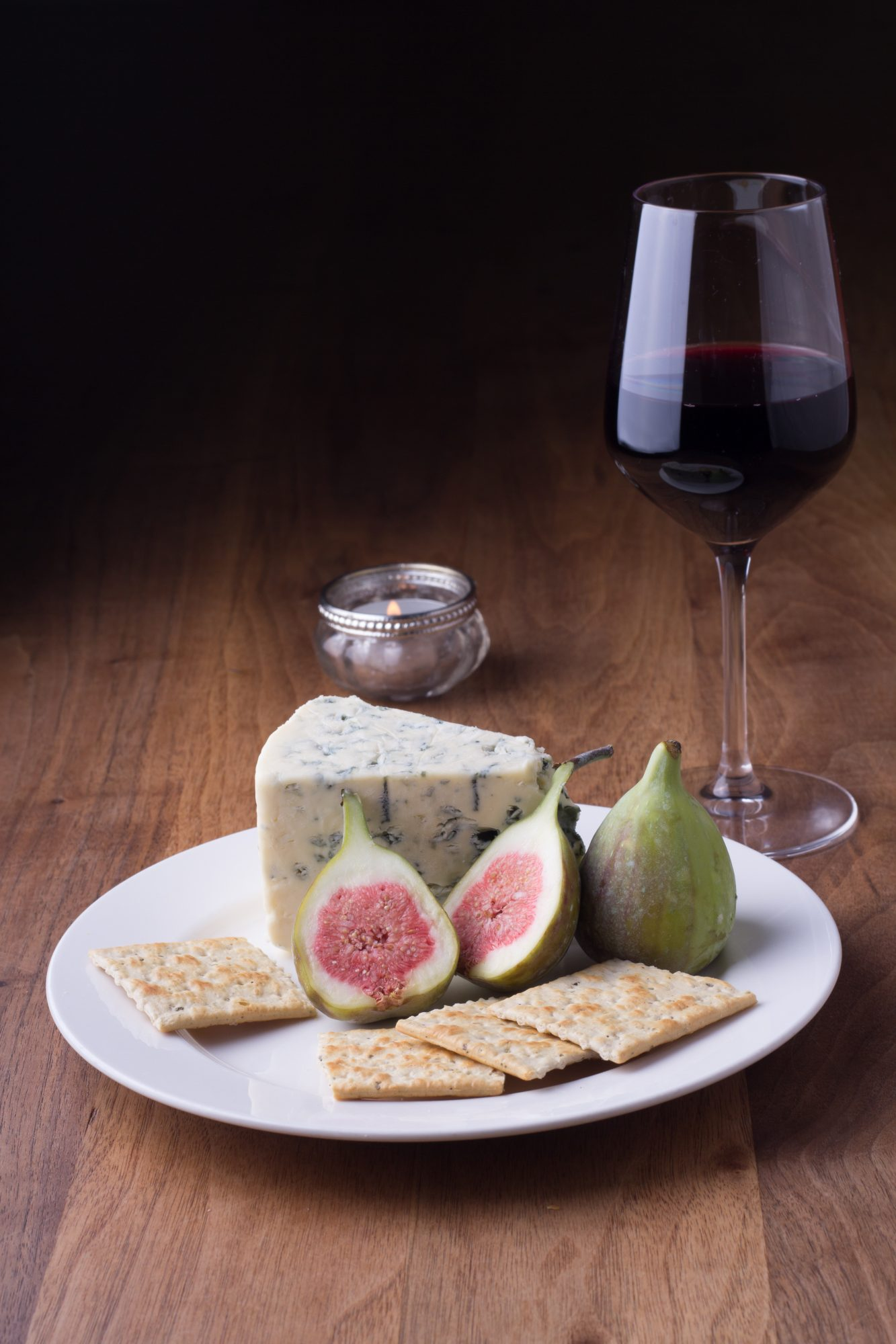 wine-cheese-figs