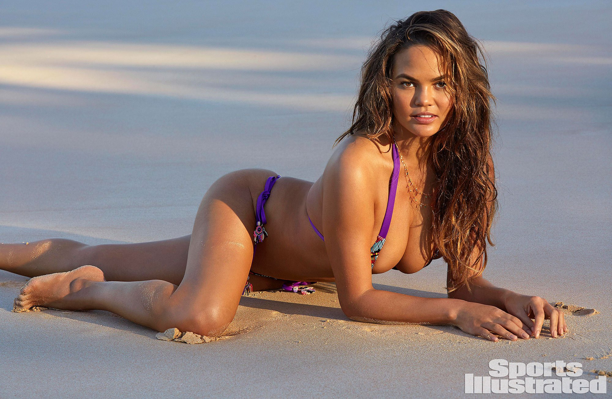 Chrissy Teigen's First Post-Baby Bikini Shoot for the Sports Illustrated Swimsuit Issue Is About 'Embracing the Changes'