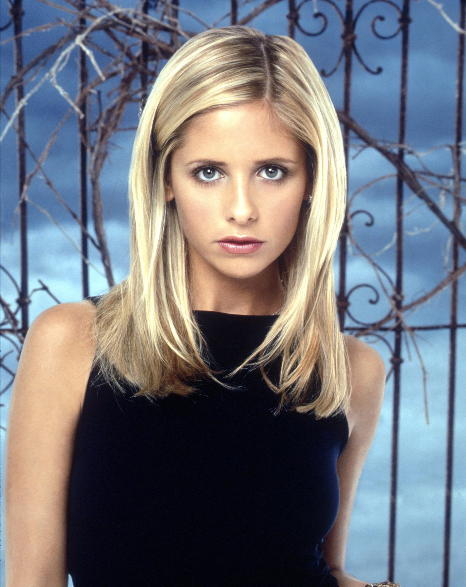 Her Buffy Days Are Over, But Sarah Michelle Gellar Is Still Slaying Her Workouts