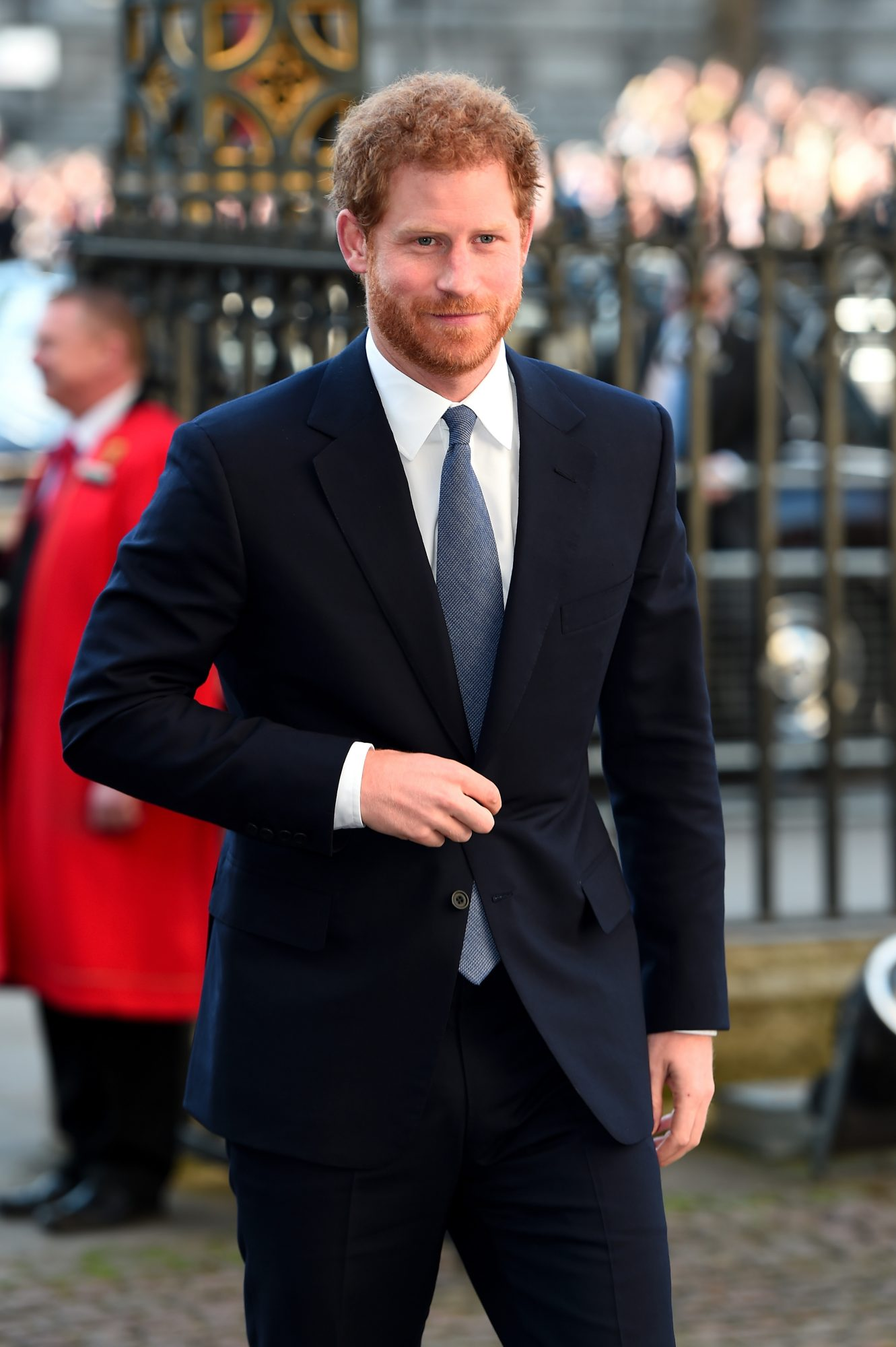 prince-harry-walking