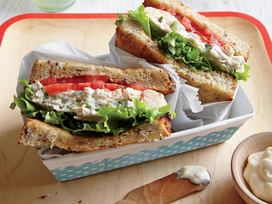 tarragon-chicken-salad-sandwiches