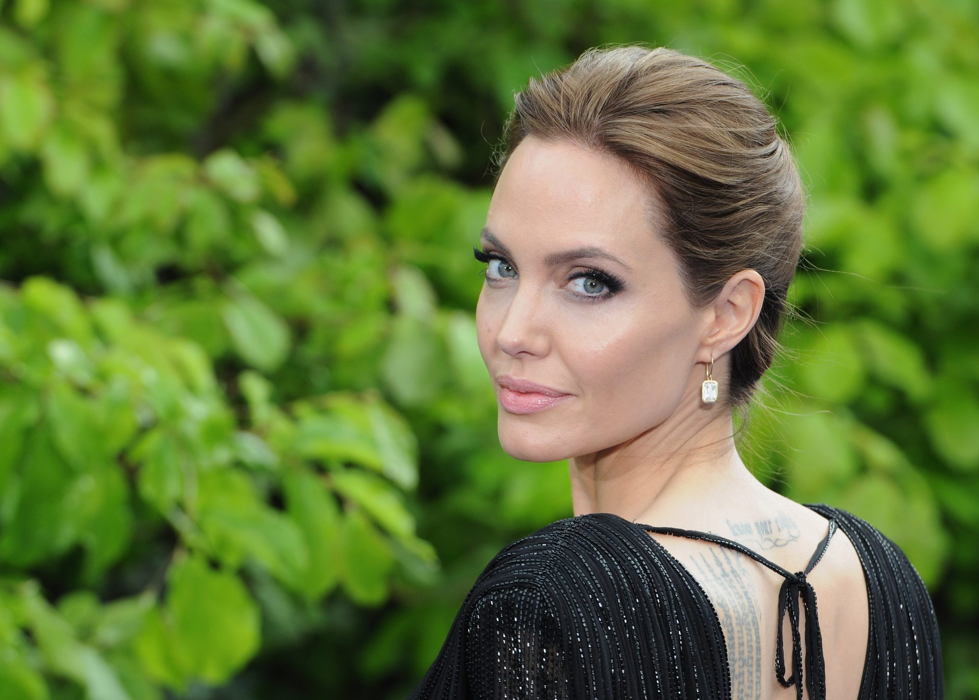 Angelina Jolie Reveals Bell's Palsy Diagnosis — As She Says Children Are Still 'Healing' From Brad Pitt Divorce