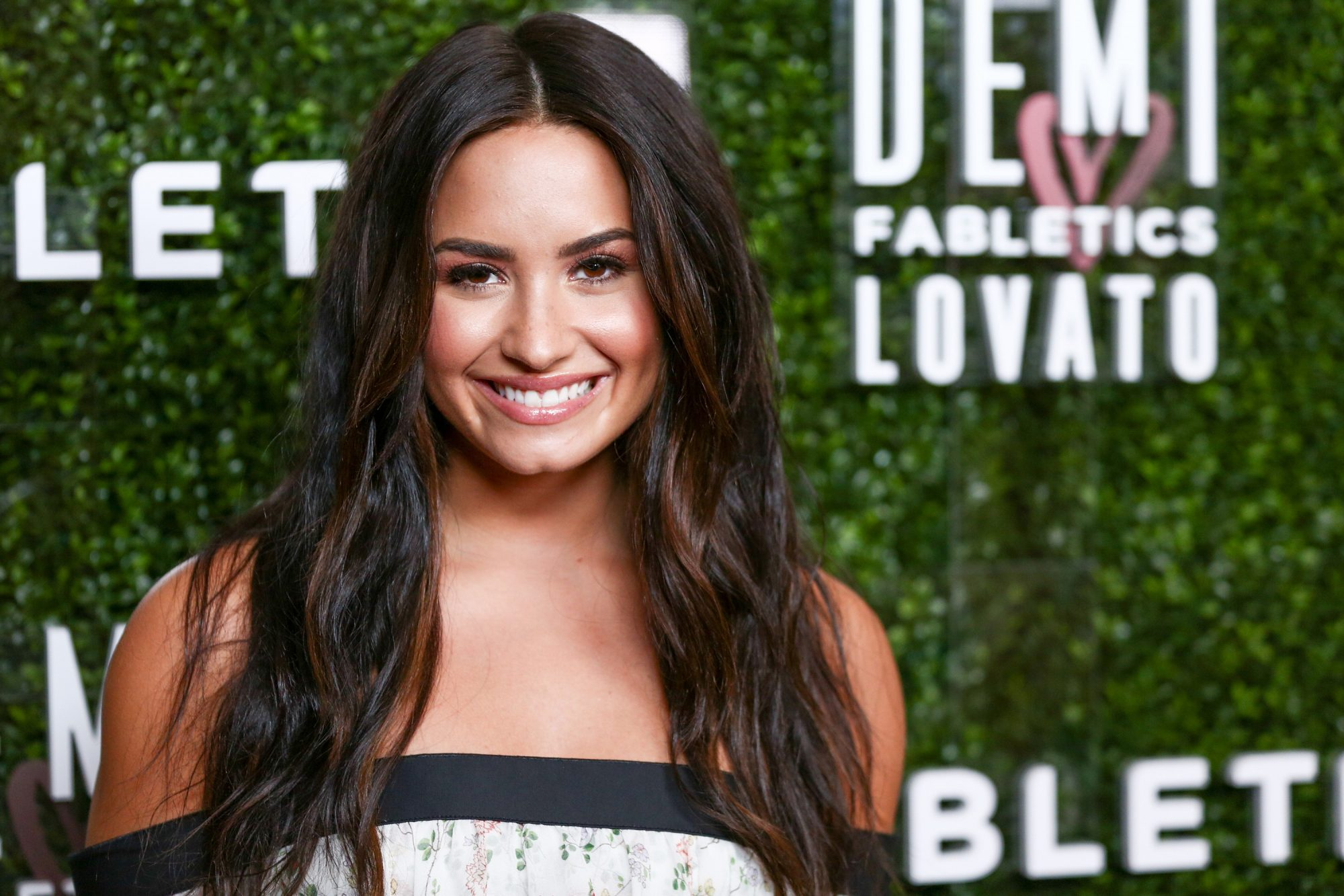 02-demi-lovato-celebrity-addiction