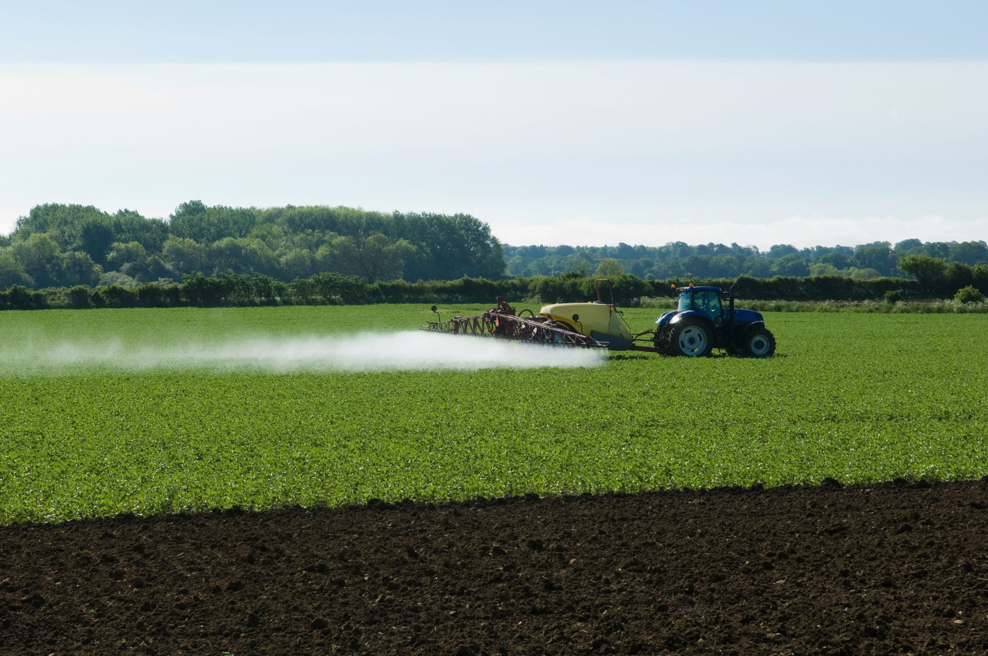 chemicals-cancer-tractor-crop