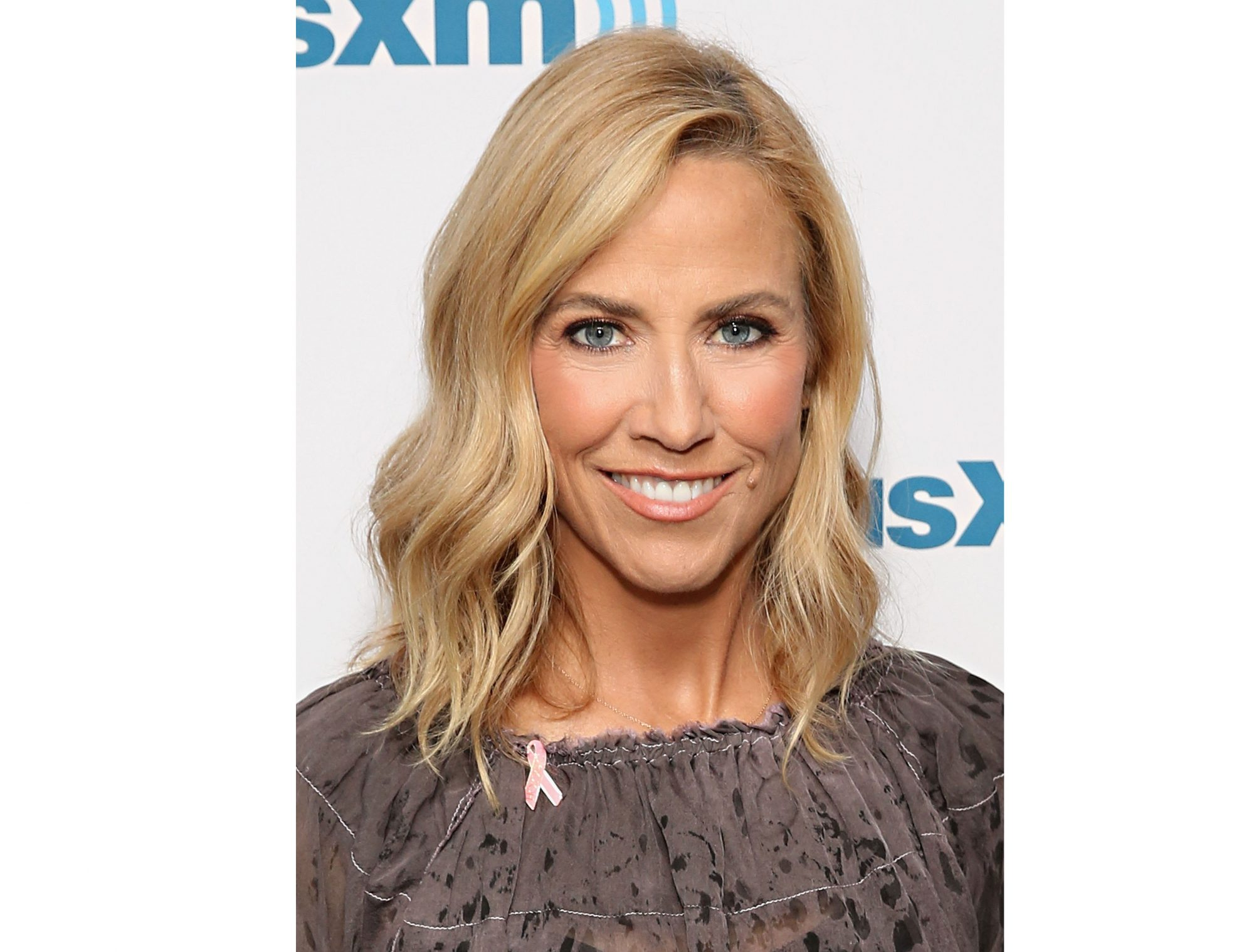 Breast Cancer Survivor Sheryl Crow Writes a Heartfelt Message to Women: 'Stop Making Excuses' and Get Checked