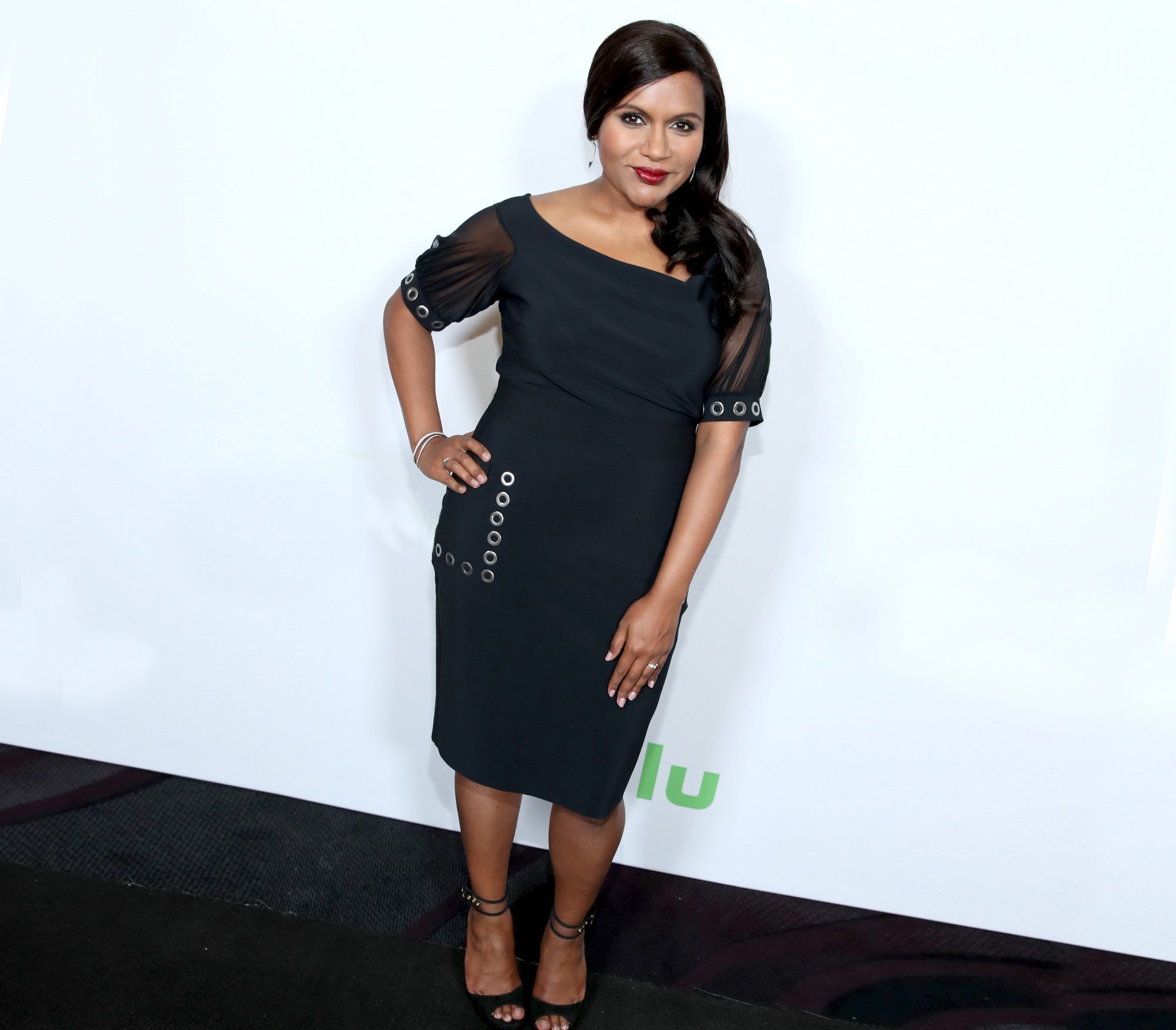 mindy-kaling-black-dress