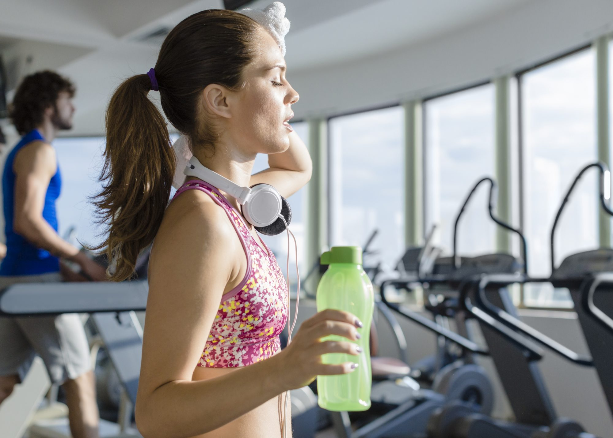 exercise-addiction-treadmill-gym-sweat-exercise-workout