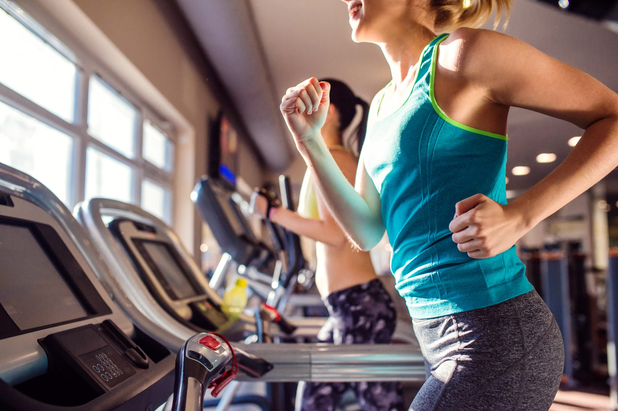 GettyImages-538983490_0 10 Mistakes That Will Make Everyone Hate You at the Gym Health Tips