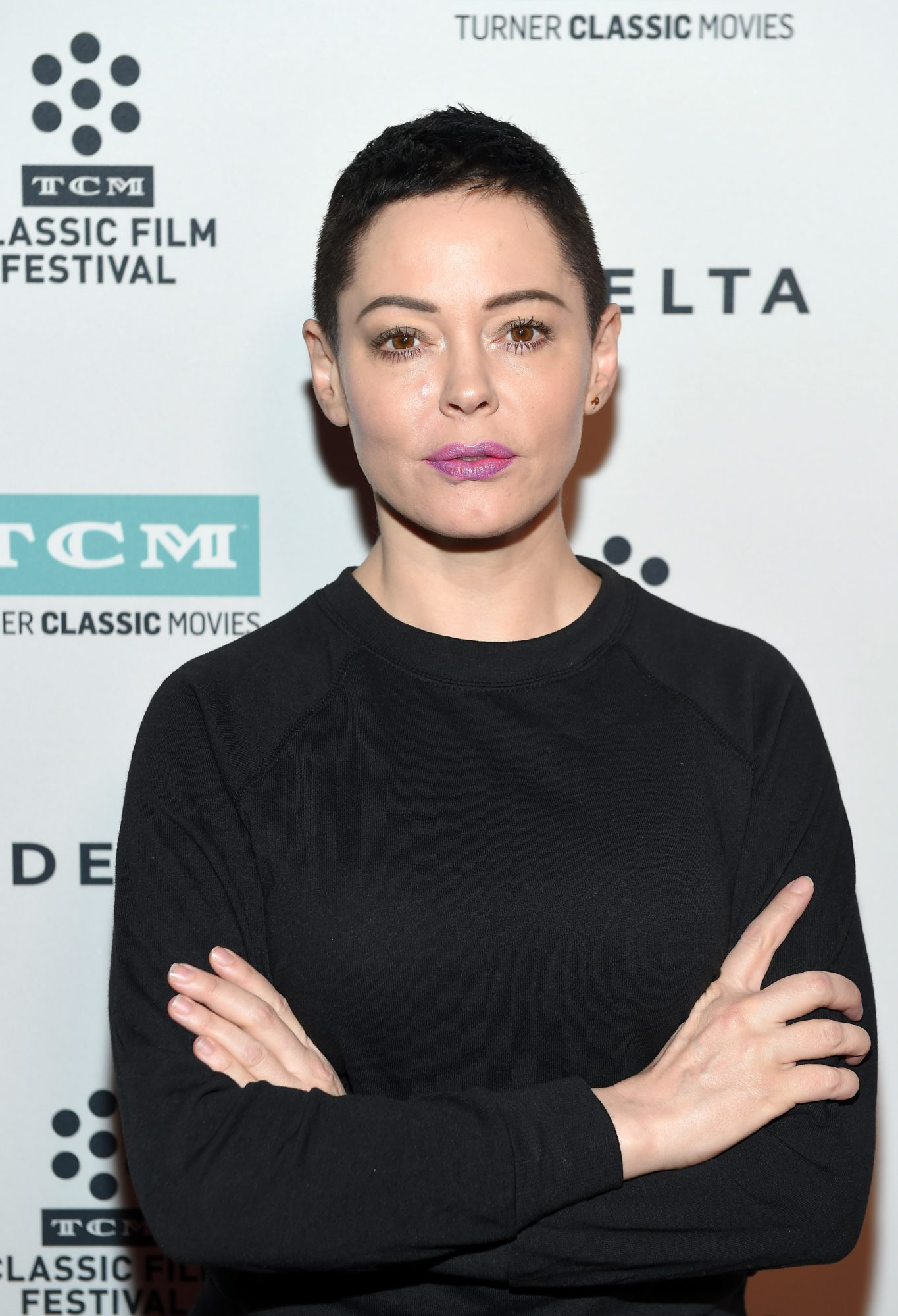 Rose McGowan Speaks Out Against Stars Wearing Black at the Golden Globes