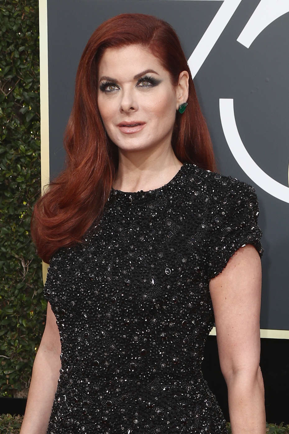 Debra Messing Just Called Out E! For Wage Inequality—Live on E!