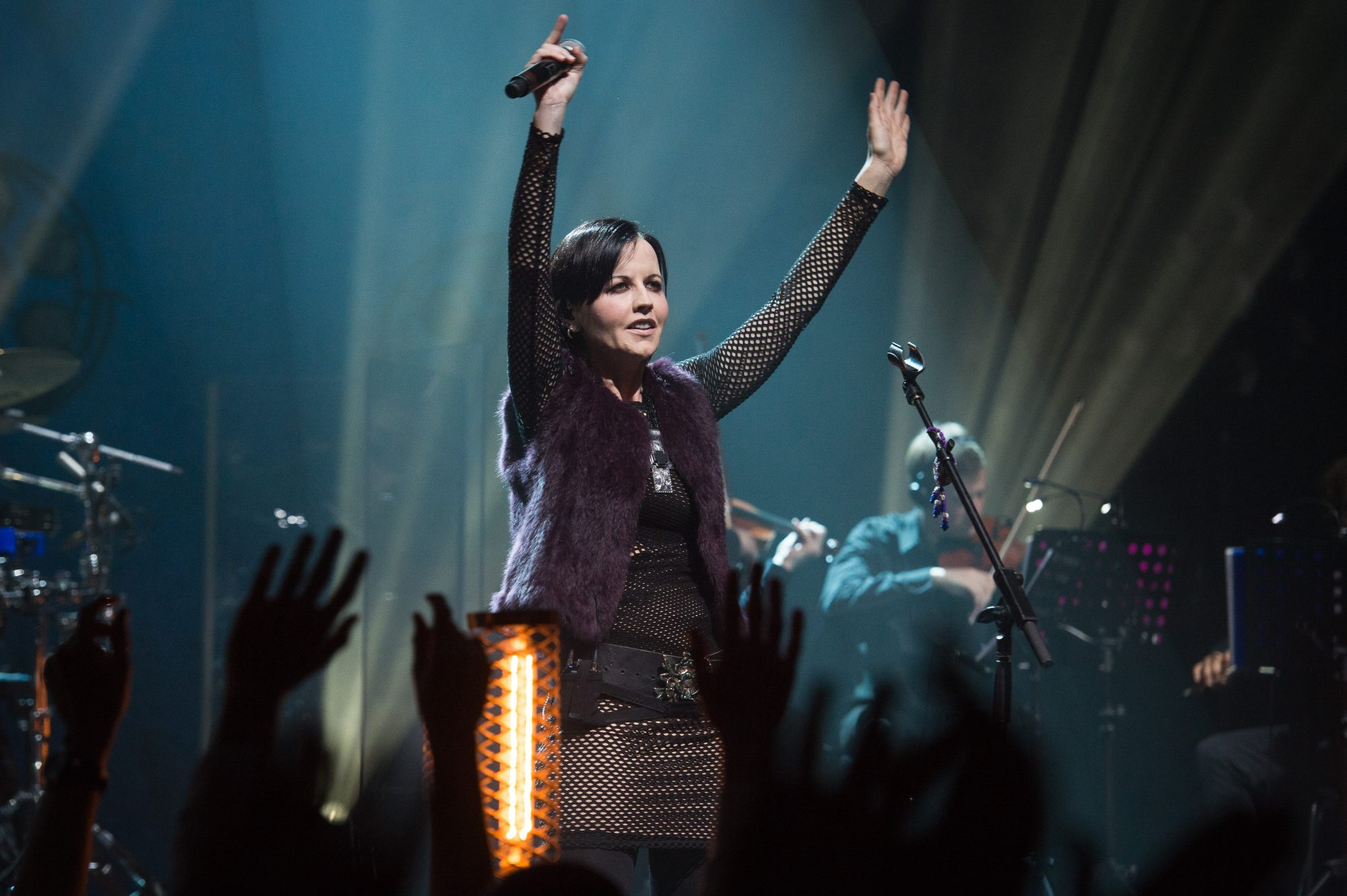 Dolores O'Riordan Was 'Full of Life' While on the Phone with Friends Hours Before Her Death