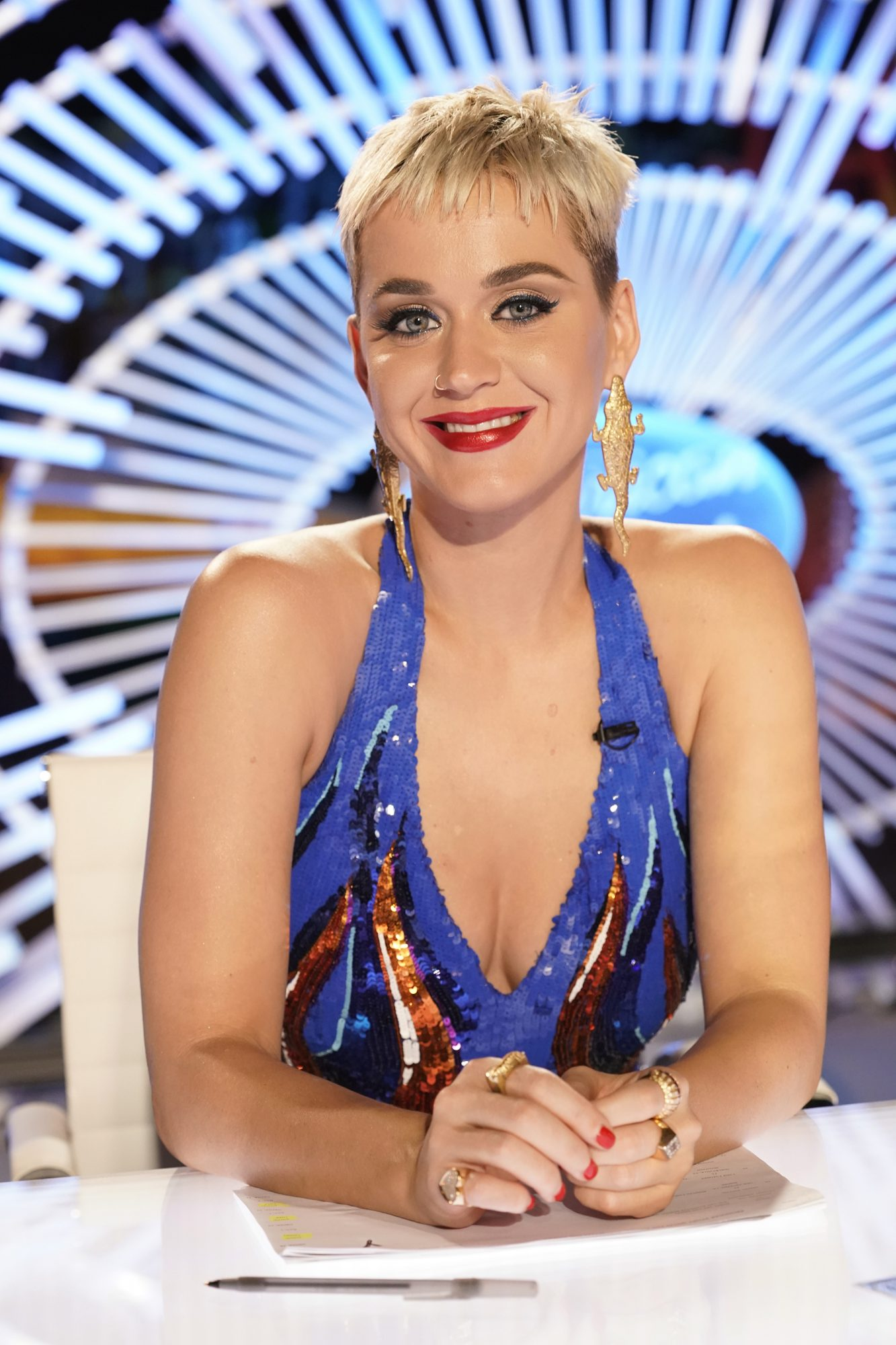 Katy Perry Gets Filler Injected Under Her Eyes to Banish Dark