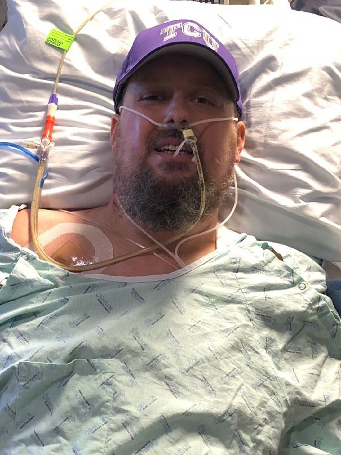 Texas Father Loses Both Feet and 9 Fingers After Complications From the Flu