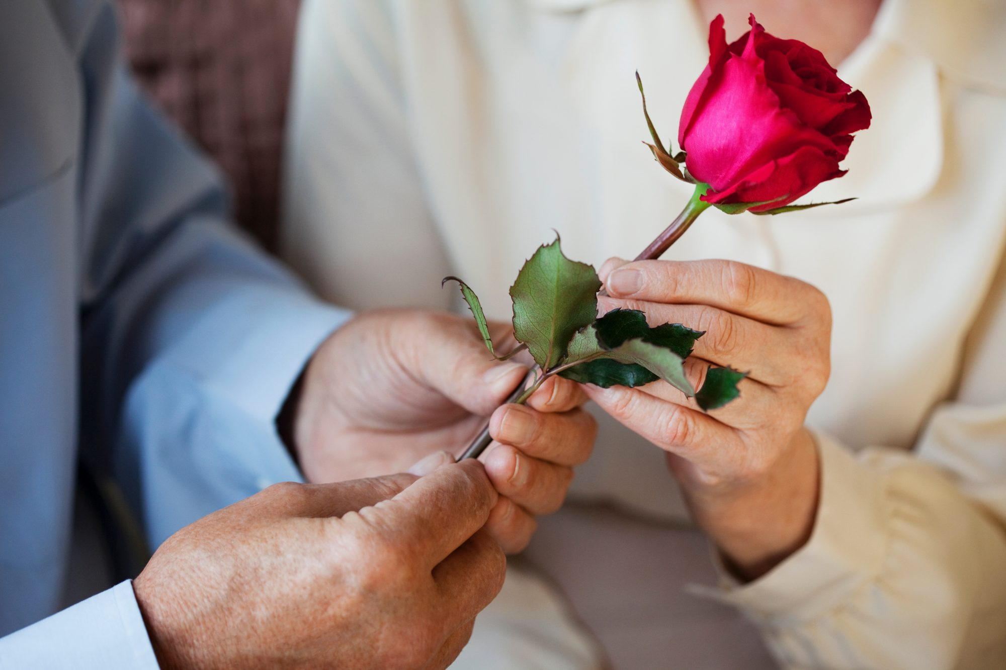 Romantic Husband Keeps 39-Year Valentine's Day Tradition Alive for Wife with Dementia