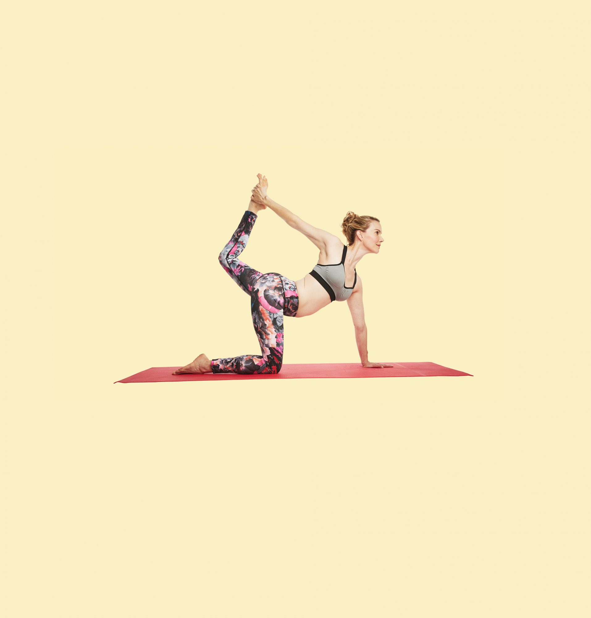stop slouching yoga moves with tracy anderson kneeling dancer