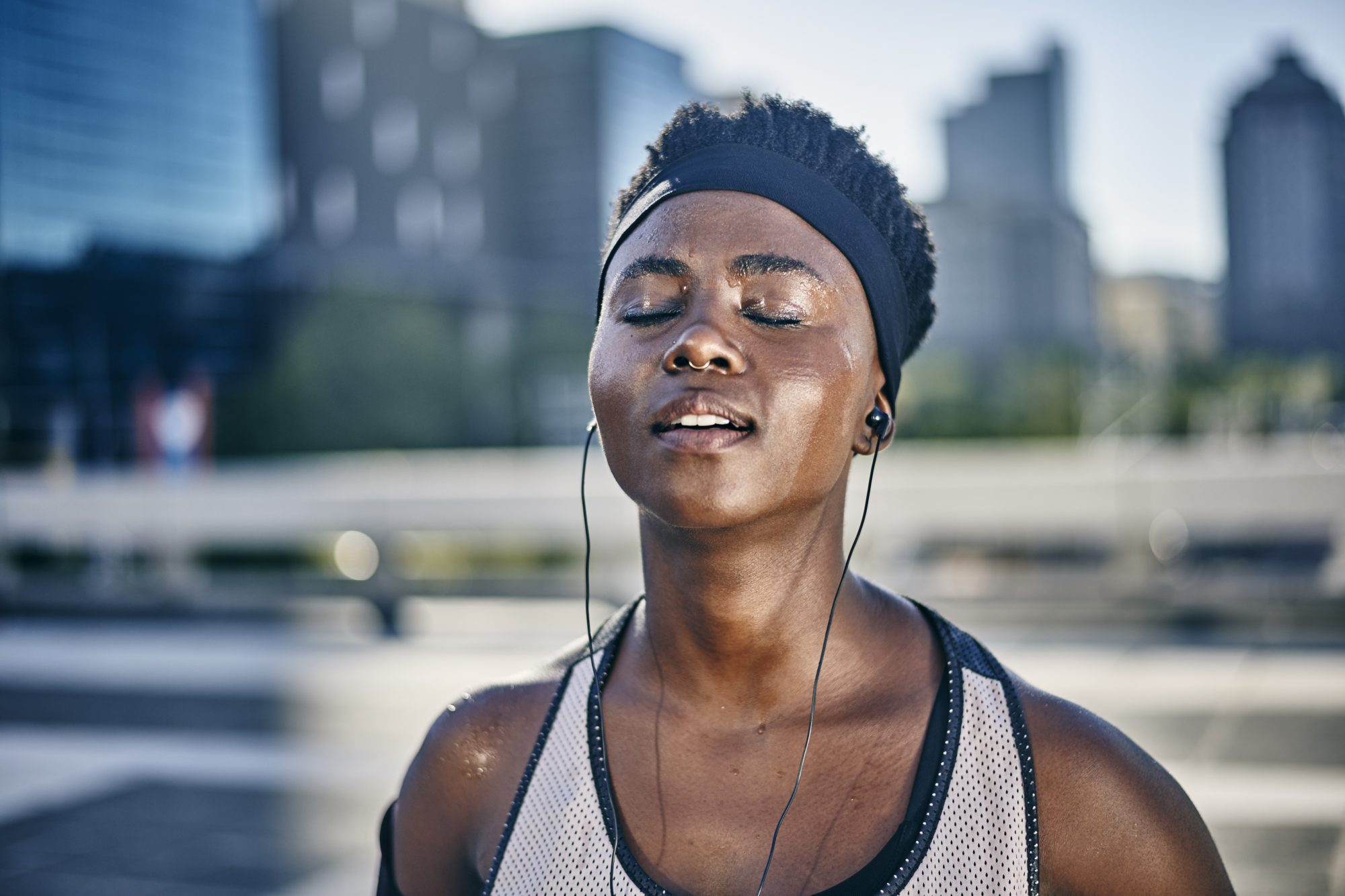 The Weird Reason Why Stress Sweat Might Smell Worse Than Exercise Sweat