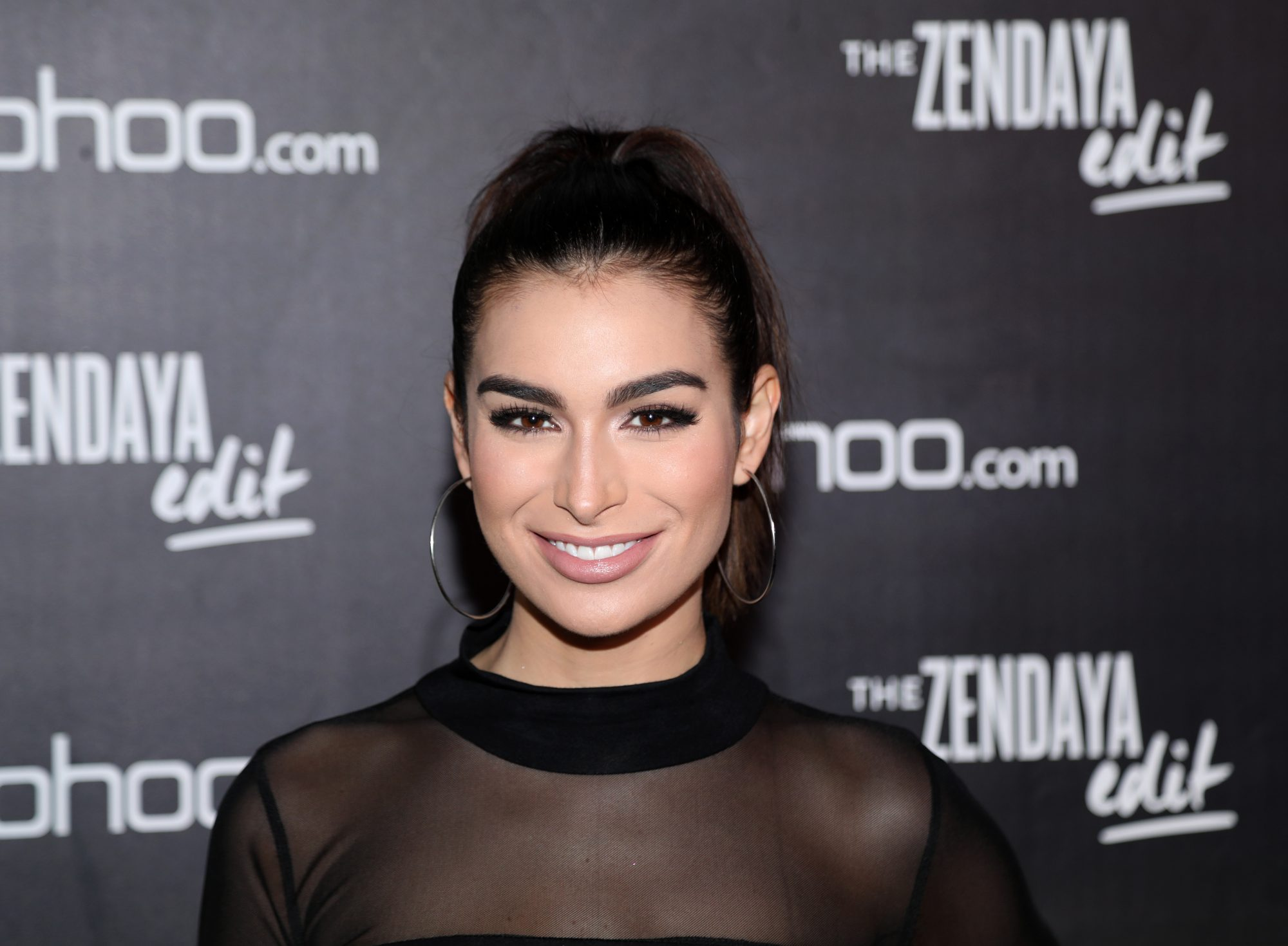 The Acne Treatment The Bachelor's Ashley Iaconetti Swears By for Stubborn Chin Breakouts