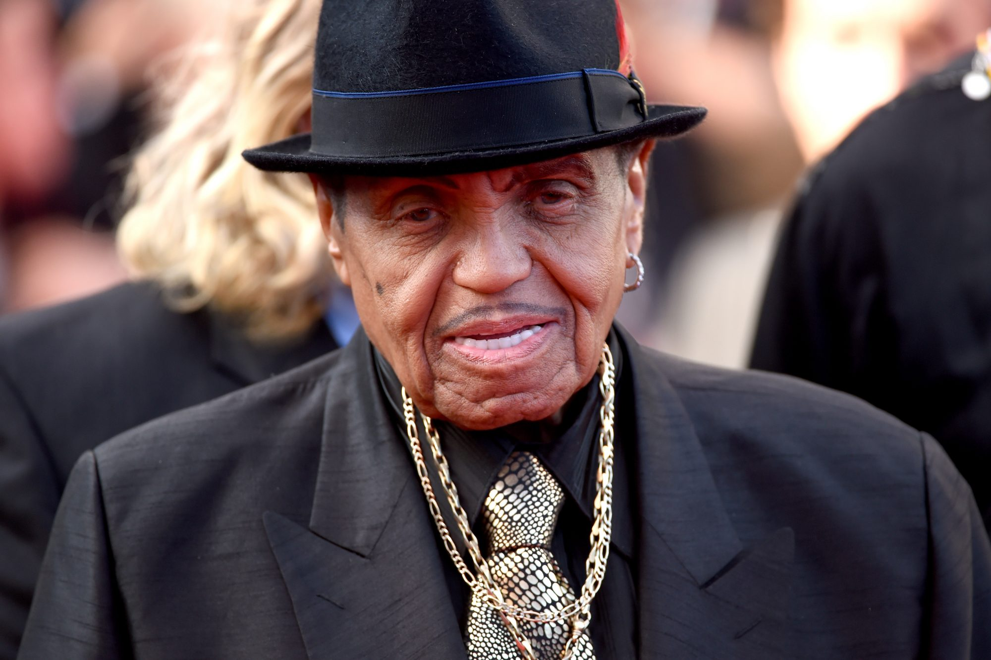 Joe Jackson's Family Flocks to His Side as He's Hospitalized with Terminal Cancer