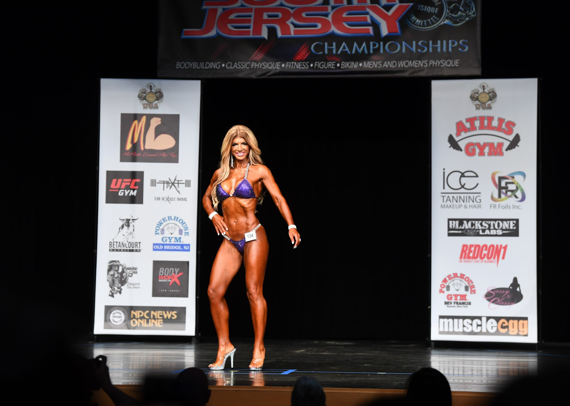 Teresa Giudice Proudly Displays Her Muscles in a Bikini at Bodybuilding Competition