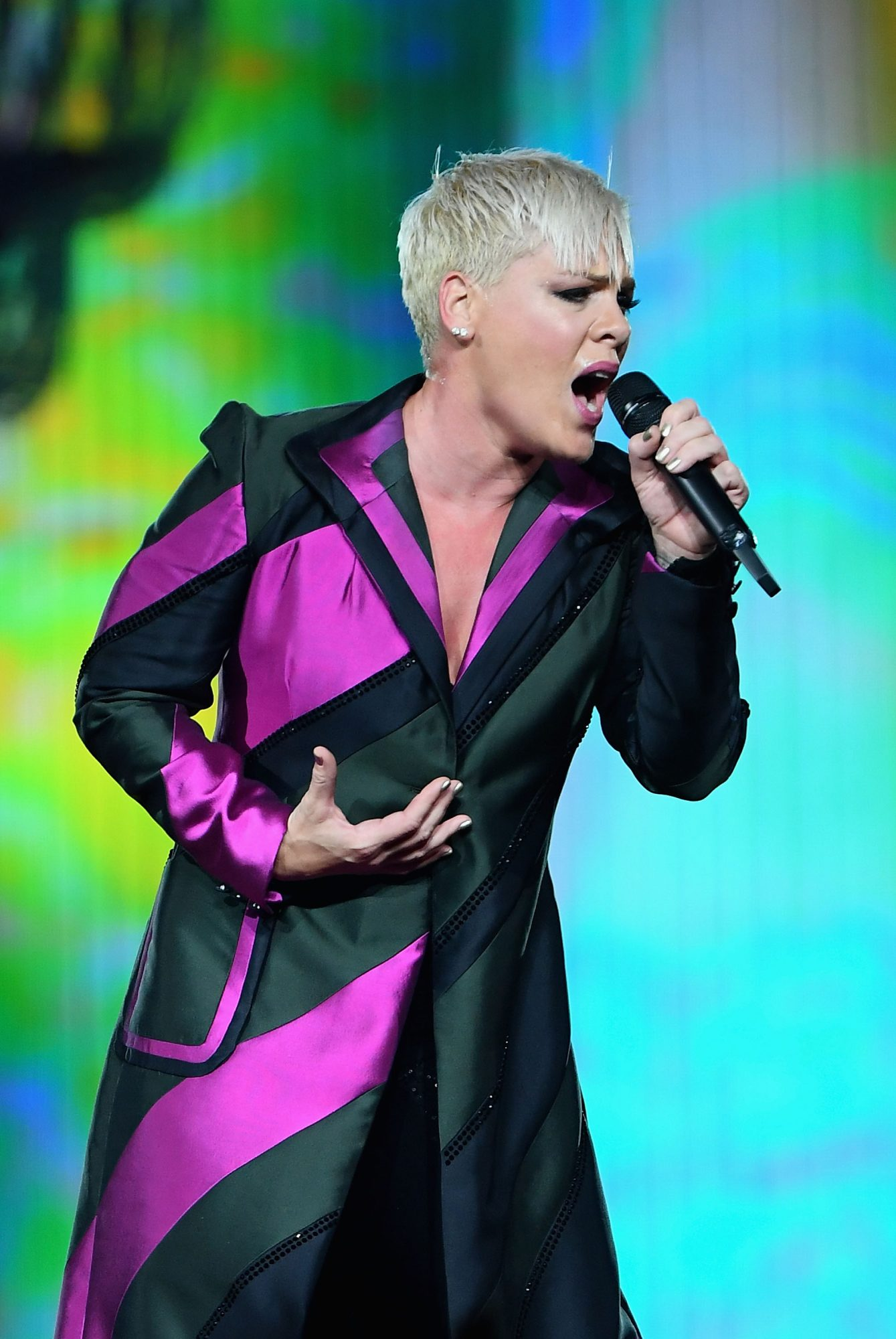 Pink Opens Up About 'Excruciating Pain' and Thanks Fans for 'Patience' After Canceling Concerts