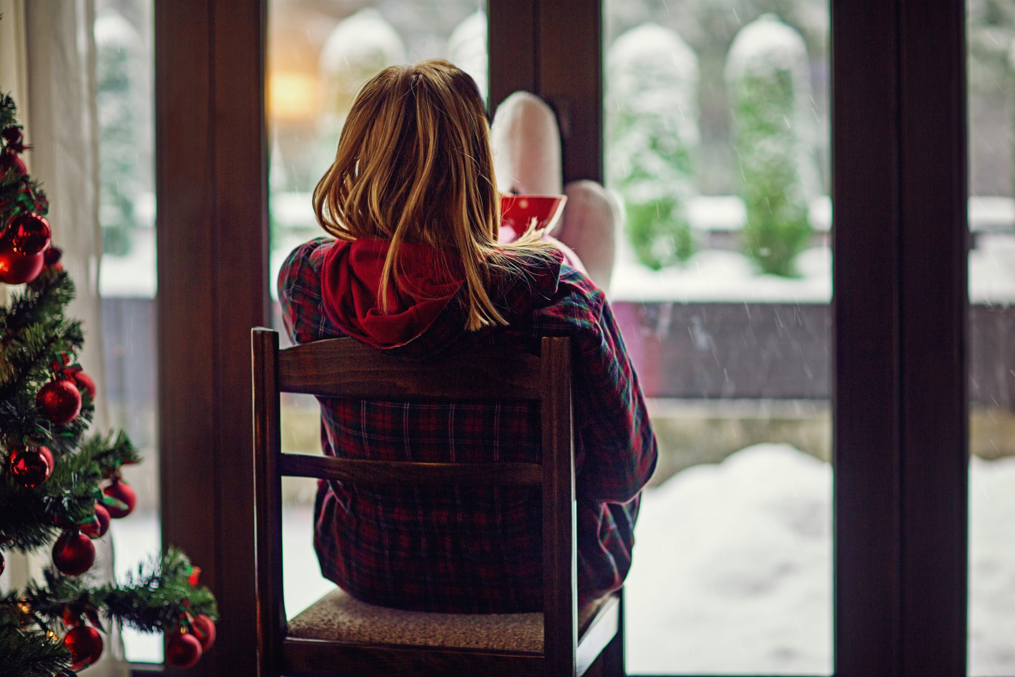 How to Get Through the Holidays When You're Not Talking to Your Family