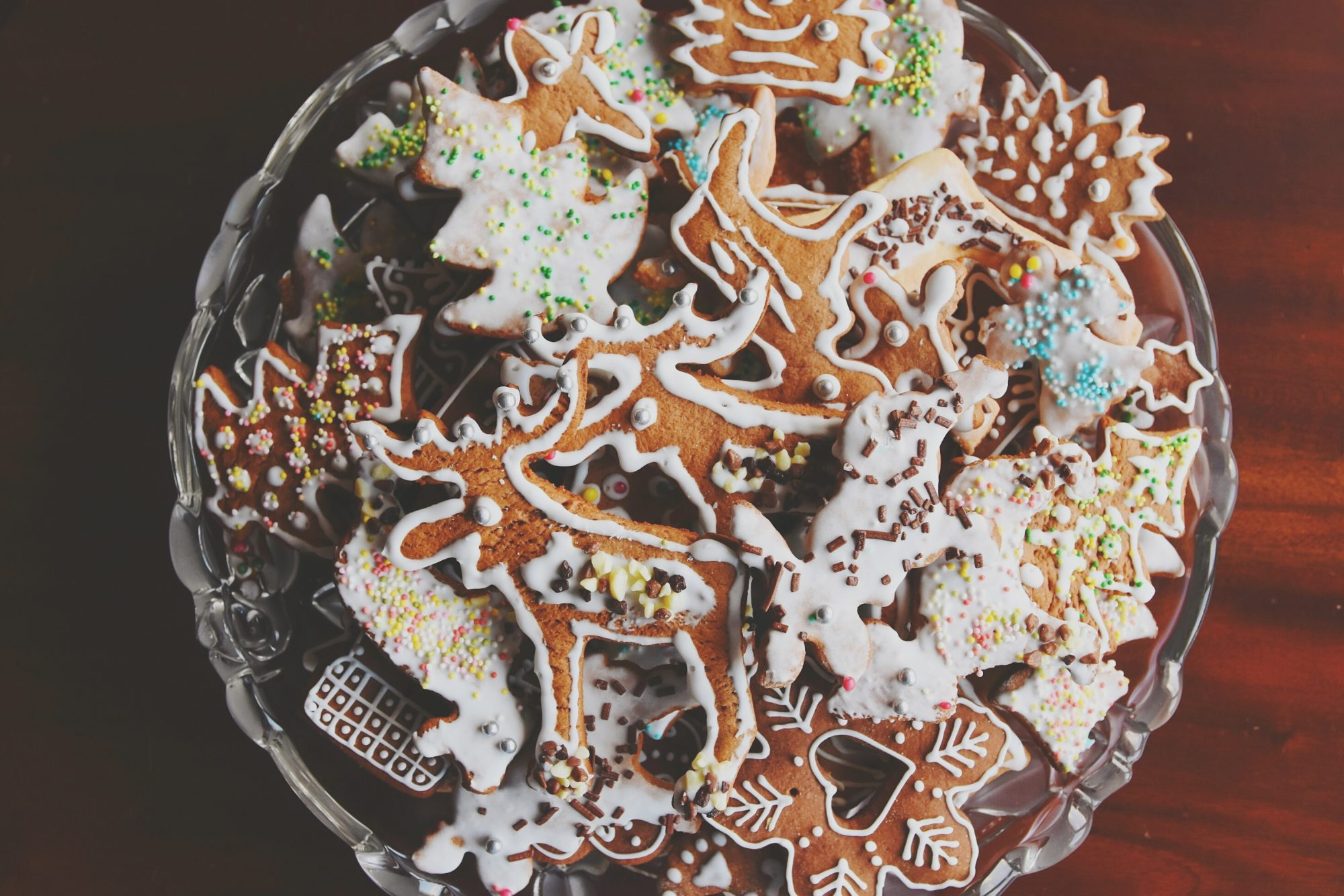 9 Keto Christmas Cookie Recipes Even Santa Will Love