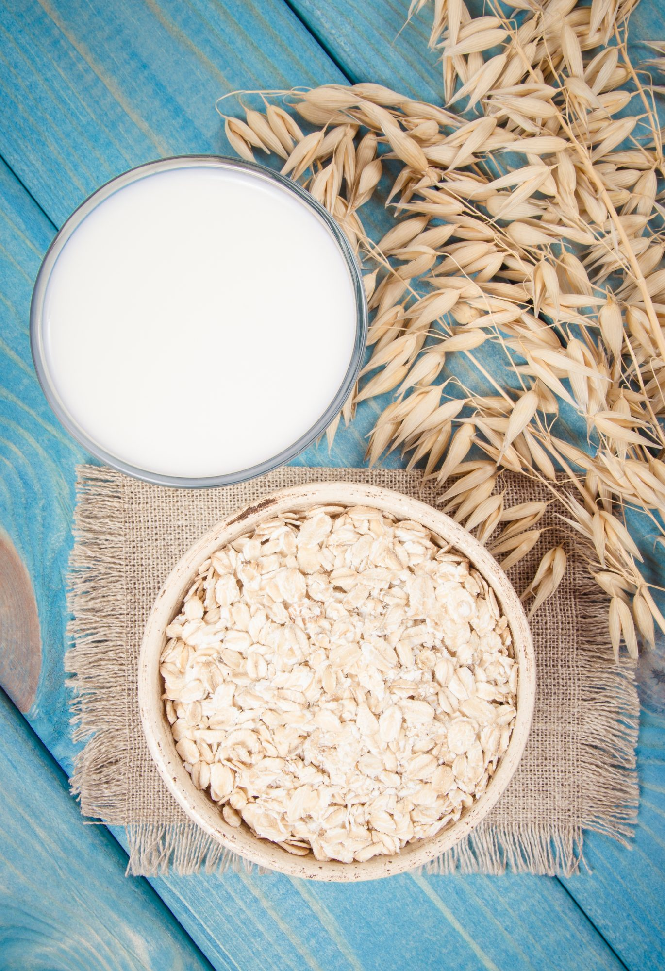 Oat Milk Is the Latest Trendy Non-Dairy Milk—but Is It Actually Healthy?