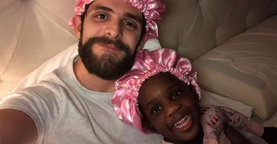 The Sweet Message Behind Thomas Rhett's Bedtime Photo with Daughter Willa Gray, 3