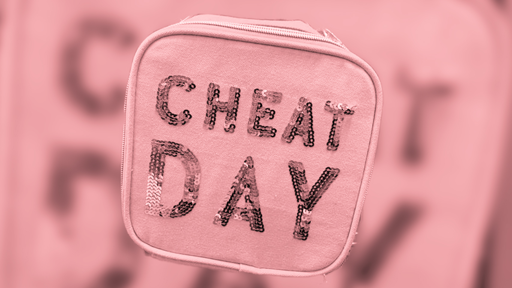 Mom Blogger Calls Out 'Cheat Day' Lunchbox That Sends a Toxic Message to Girls