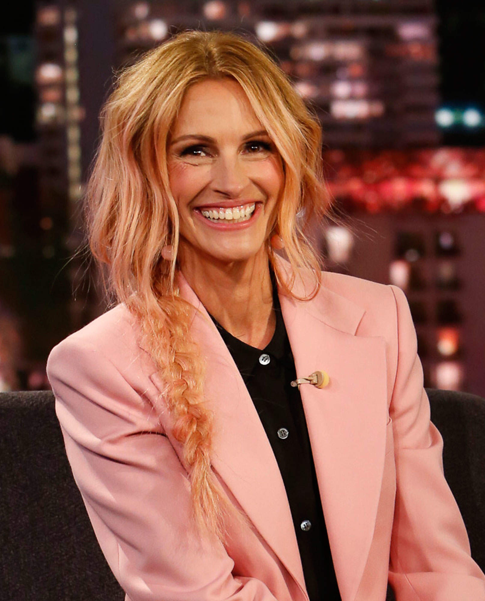 Julia Roberts Got a Gorgeous New Haircut That Everyone Is Freaking Out About