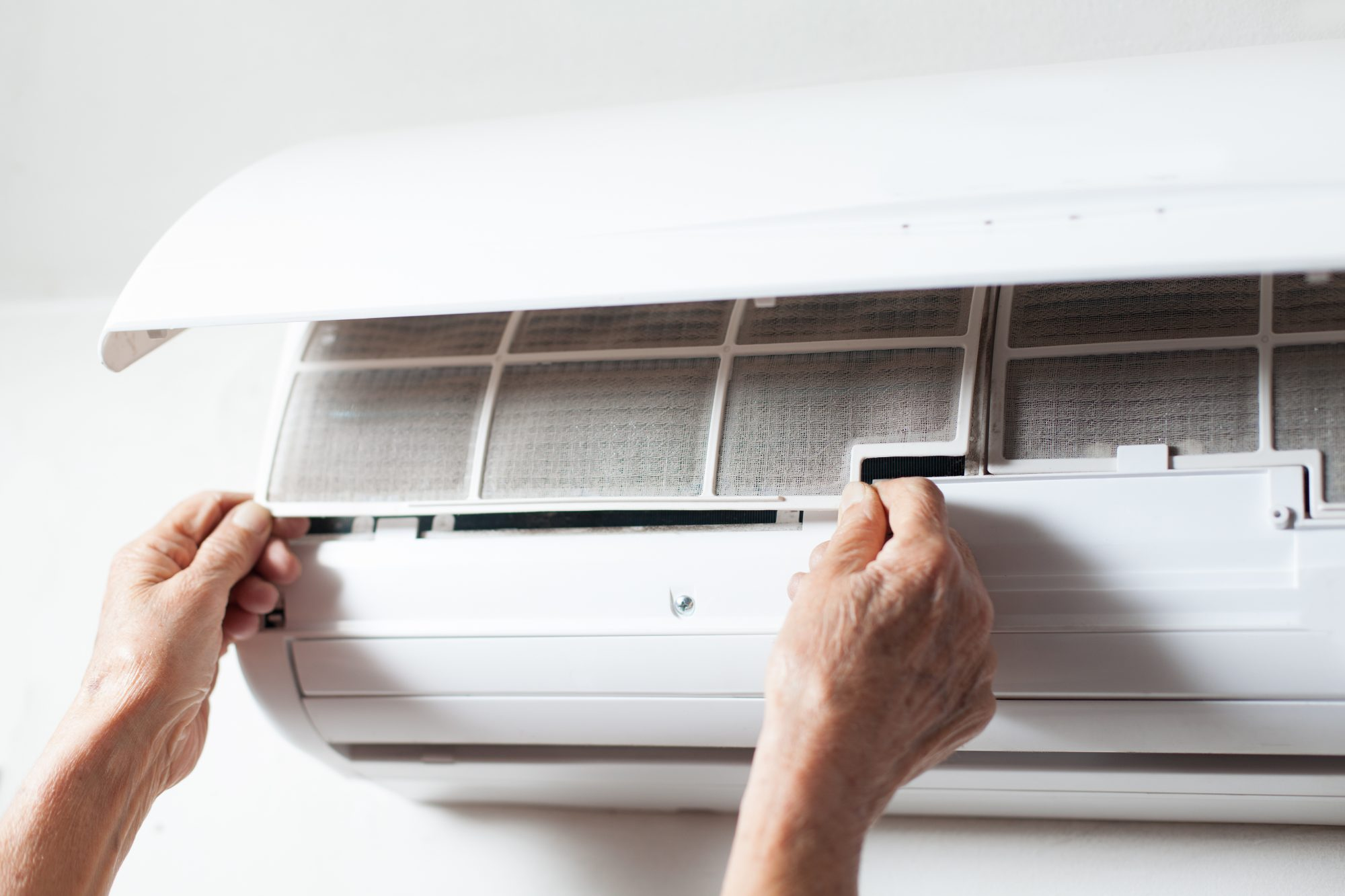 The Exact Right Way to Clean Your Air Conditioner–and Why You Should