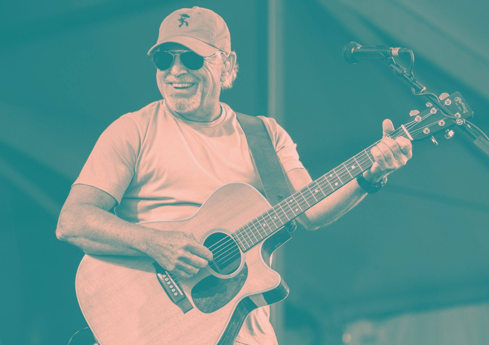 47 Jimmy Buffett Fans Get Violently Sick On Group Trip to Dominican Republic