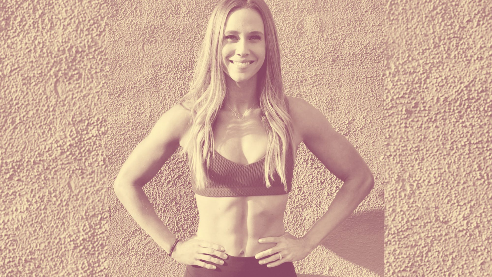 kelsey-heenan fitness instructor woman health wellbeing boobs instagram social-media body-positive