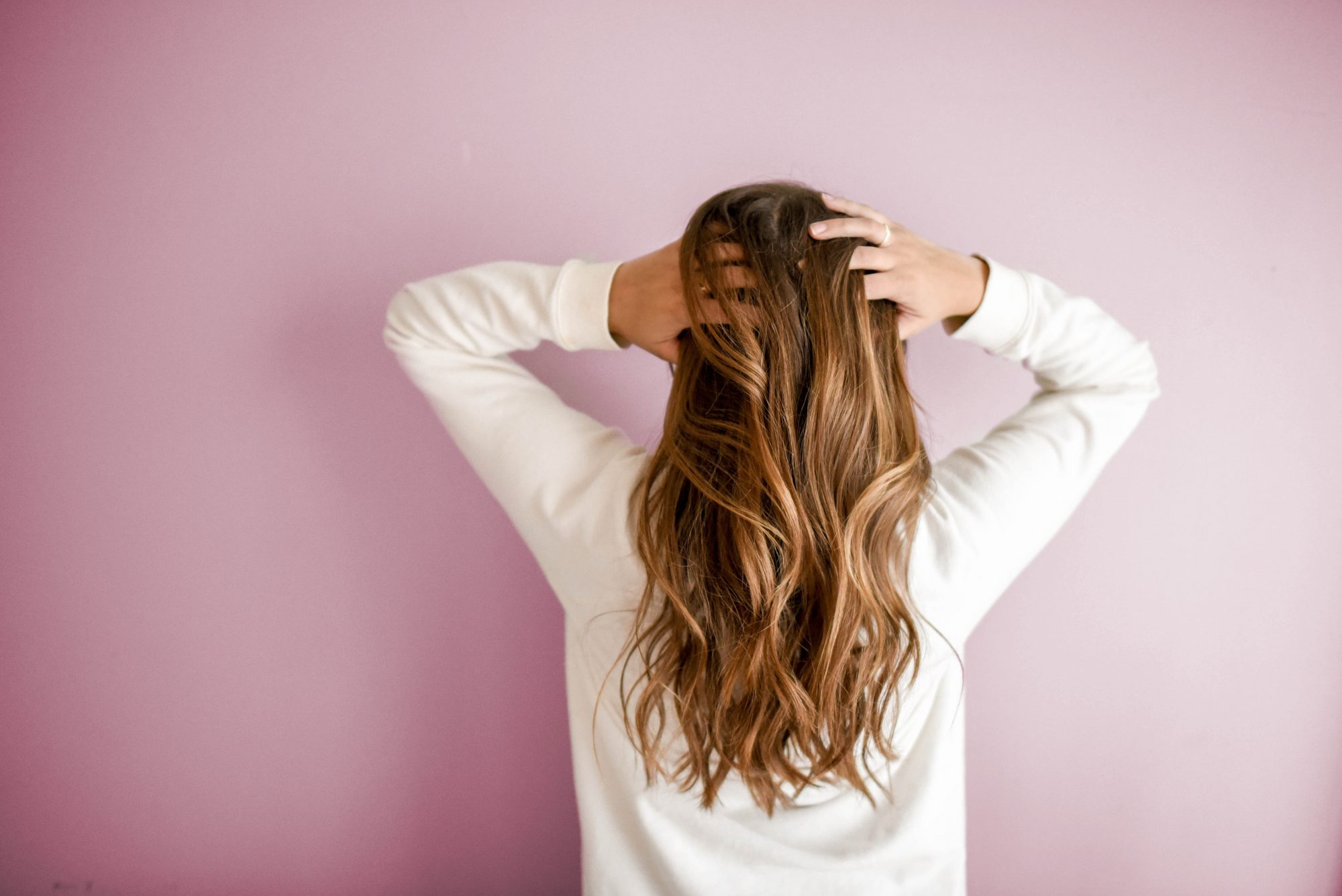 11 Habits to Adopt Right Now for Seriously Healthy Hair