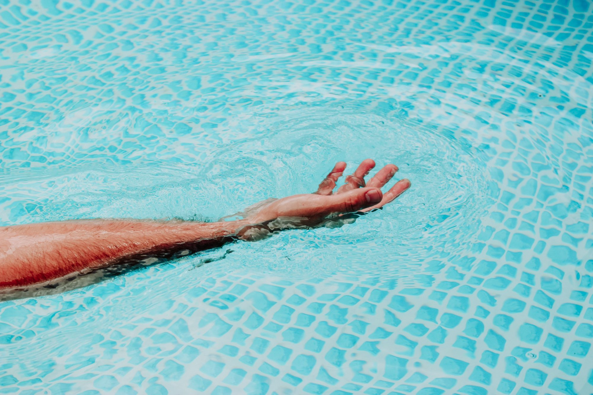 Can You Get Flesh-Eating Bacteria From a Pool?